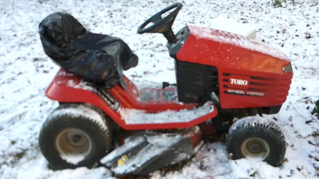 1996 Toro Wheel Horse 1338 XL Lawn Tractor, Broken PTO