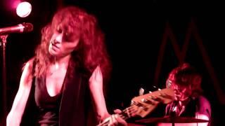 Melissa Auf der Maur - Paranoid [Black Sabbath cover] (live München 59:1 06.12.2010)