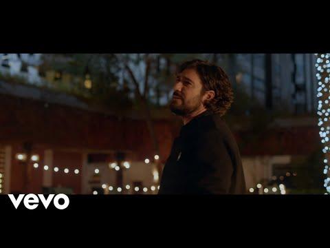 Смотреть клип Antonio Orozco - Que Me Busquen Por Dentro