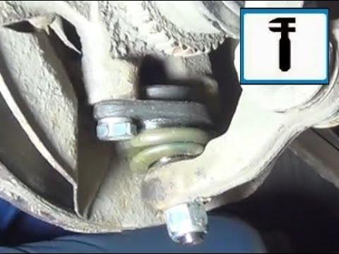 Замена шаровой опоры на автомобиле ВАЗ Лада Гранта.