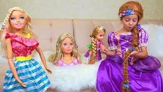 Настя как принцесса Рапунцель и ГИГАНТСКАЯ Барби идут на вечеринку New Rapunzel doll