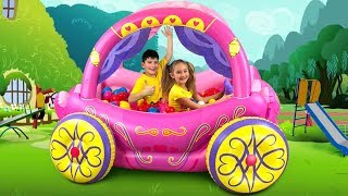 Sasha play with Inflatable Princess Carriage toy