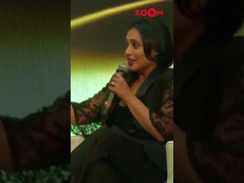 When Shah Rukh Khan pulled Rani Mukerji's leg 😝   #shorts #shahrukhkhan