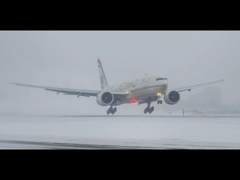 Snow Storm Heavy Jets Crosswind Landings - Chicago O'Hare Plane Spotting