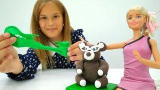Игры для девочек: Шоппинг с #Барби! *Купила необычную мебель* #Куклы Пластилин и #поделки
