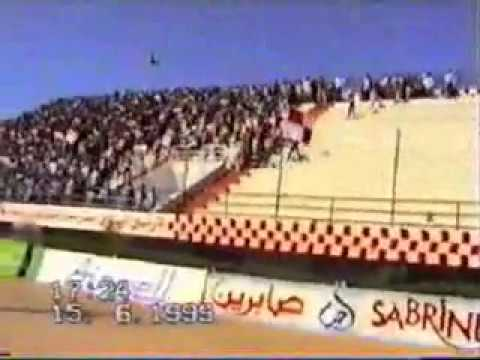 HOOLIGANS BEJA VS TARAJI  juin 1999 à Béja (OB 3-0 EST)mi-temps