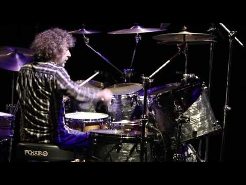 Simon Phillips - Dreamtime solo