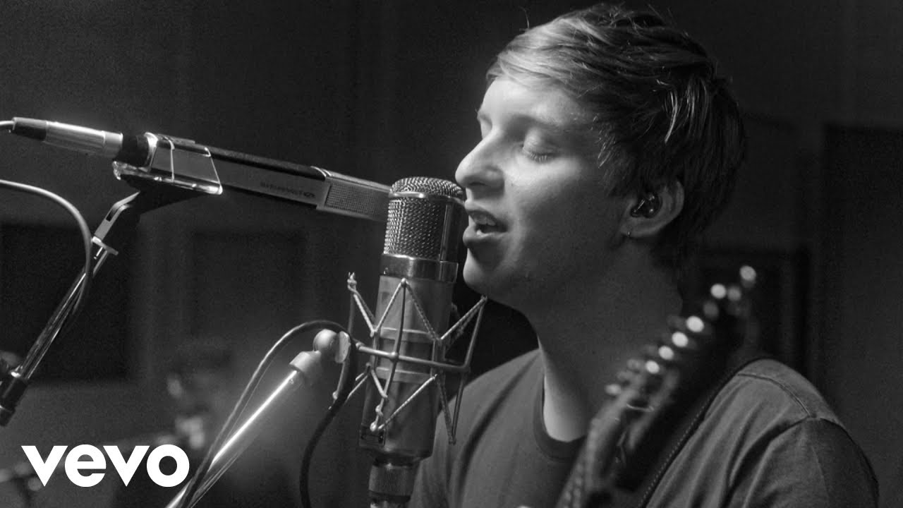 George Ezra - Paradise (Live At Abbey Road Studios)