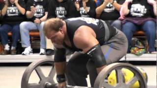 Derek Poundstone going insane at a Strongman Competition