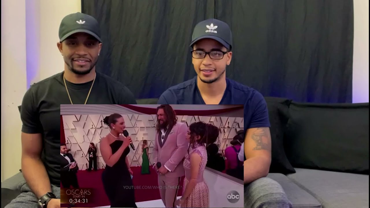 FUNNY MOMENTS OF CELEBRITIES ON LIVE TV(REACTION)
