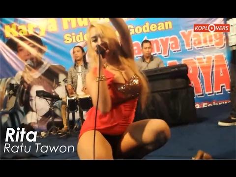 Goyangan  Super Hot Rita Ratu Tawon Bikin Merem Melek - Lungset