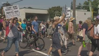 Portlanders show support for immigrants
