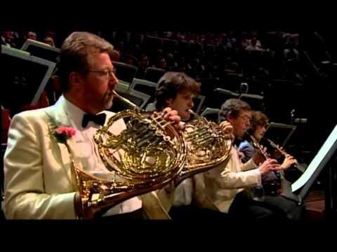 Baroque Orchestra VS. Classical Orchestra