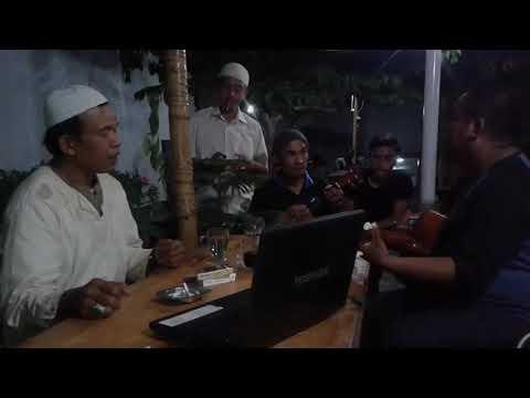 TEAKO PALLA lagu langgam makassar oleh bapak haji dan para sahabat di warkop ALAMI