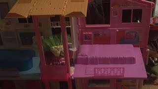 Barbie doll beach house play