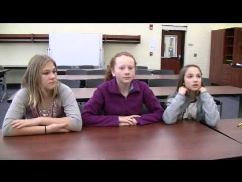 Students tour new Glenwood Middle School