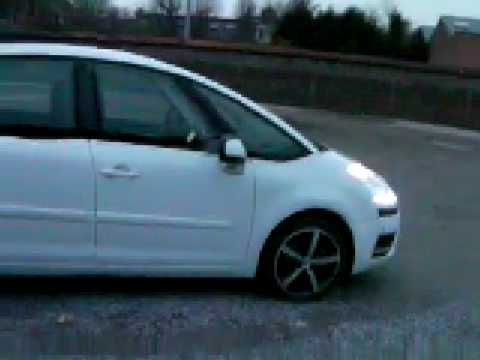 citroen c4 picasso blanche youtube. Black Bedroom Furniture Sets. Home Design Ideas