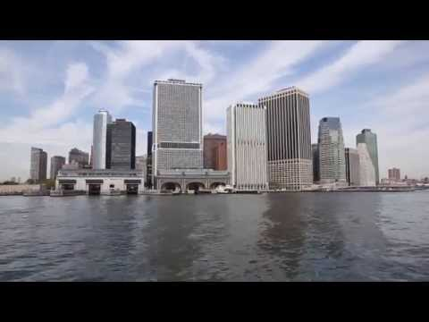 New York skyline and Manhattan island boat tour
