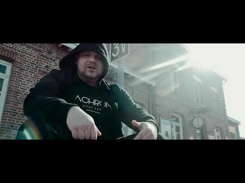 Youtube: LA CHRONIK – ( Béni – Dindin – Will ) – Dernier tour.