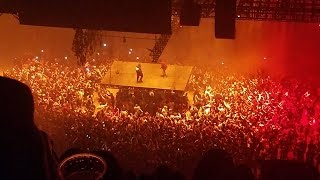 fans throw stuff at kanye west as he rants about beyonce and jay z