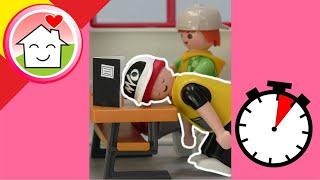 Playmobil en español bromas Sigi se duerme en clase - La familia Hauser #shorts