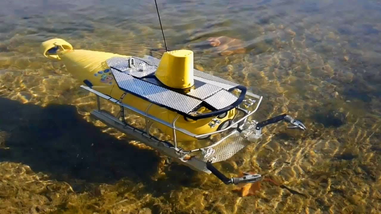 This R/C Submarine is great for FPV Diving