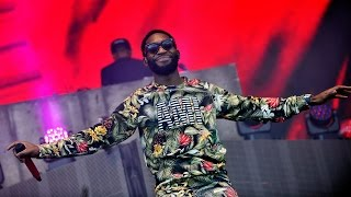 Repeat youtube video Tinie Tempah - Tsunami live at T in the Park 2014