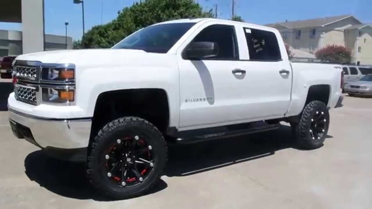 Chevy Silverado Custom Wheels >> 2014 Chevrolet Silverado 1500 Lifted With Custom Wheels And Tires By