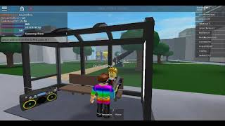 WHAT THE HECK IS THIS GAME [roblox bus stop simulator