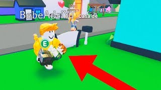 MR ADOPTS TO BABY in ADOPT ME ROBLOX with BEBE VITA AND ADRI PLAY AND ARE RIEN VERY FUNO ROLEPLAY