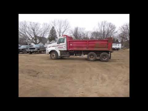 2002 Sterling L8500 dump truck for sale | no-reserve Internet auction December 28, 2017