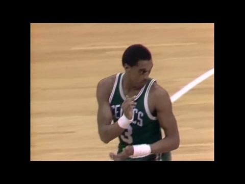 Dennis Johnson (15pts/8rebs/17asts) vs. Hawks (1985)