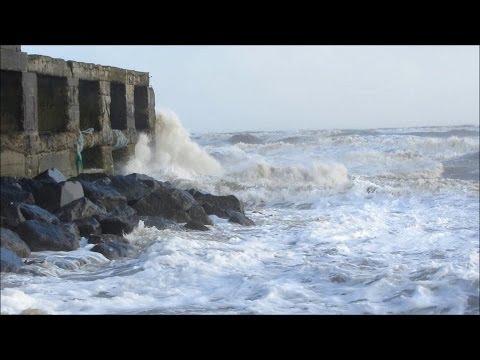 Rough seas at Rye Harbour