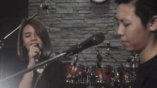 HERS -ปล่อยไปตามหัวใจ (Cover Flure) LIVE AT THE VERY SESSION