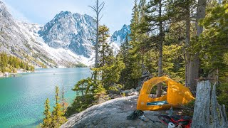 Backpacking Colchuck Lake in the Alpine Lakes Wilderness - Washington State