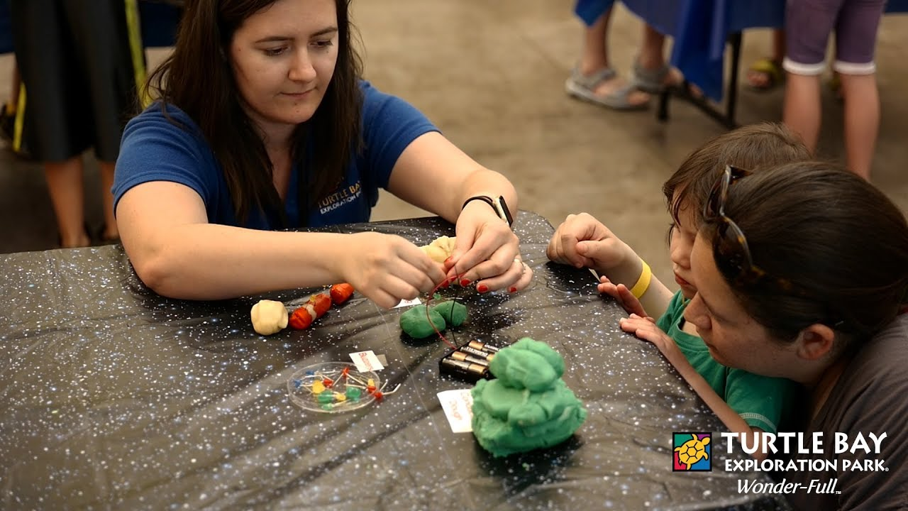 Maker Wednesday Squishy Circuit Creatures At Turtle Bay Circuits Making Conductive Dough Exploration Park Redding Ca