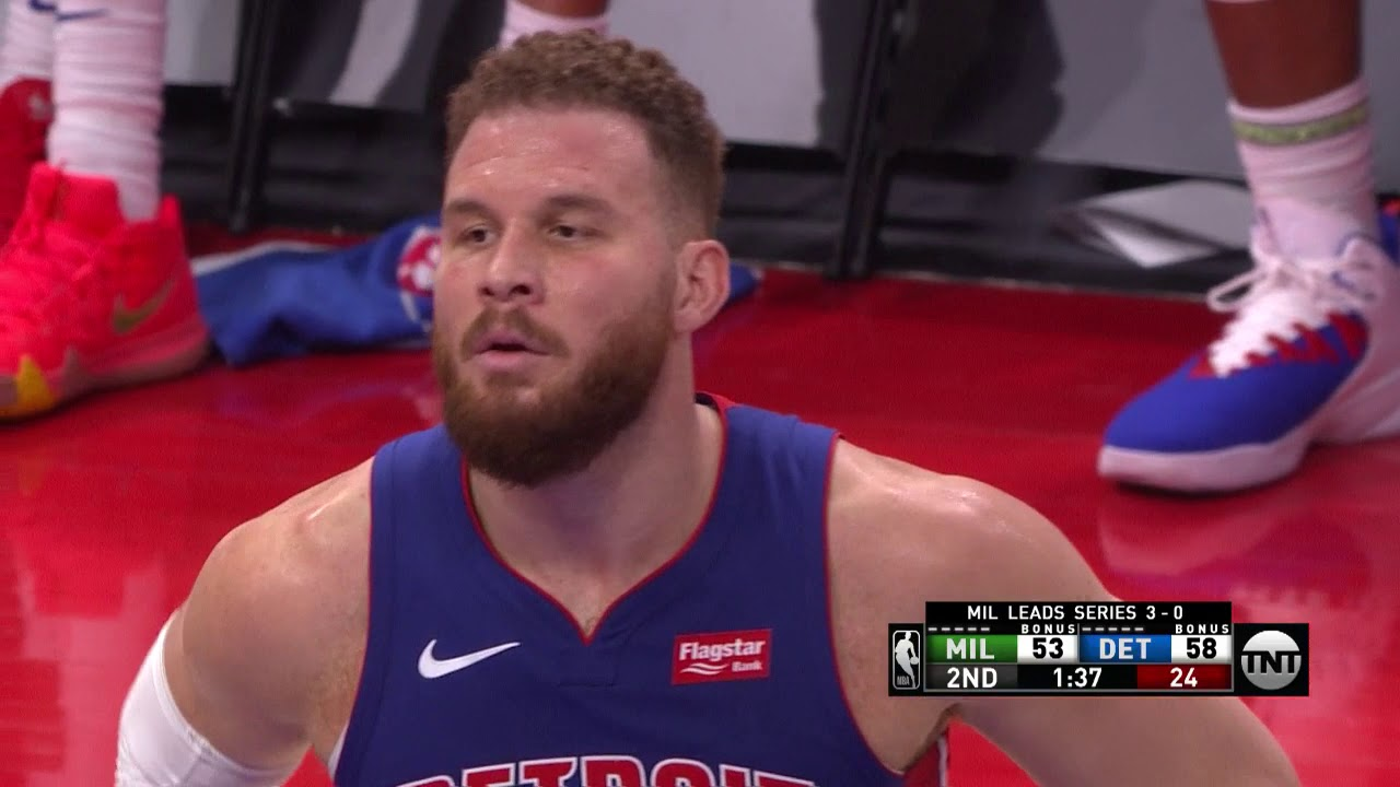 Blake Griffin Joins Fans On