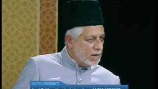 Praying behind a Non-Ahmadi Muslim Imam in Congregational Prayer (English)