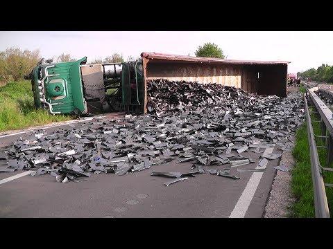 Schwerer LKW Unfall auf B2 - Massiver Stau im Berufsverkehr
