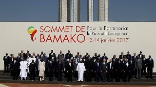 Олланд принял участие в саммите Африка Франция в Мали