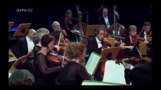 Igor Levit interprète Haydn Concerto pour Clavier et Orchestre N°11