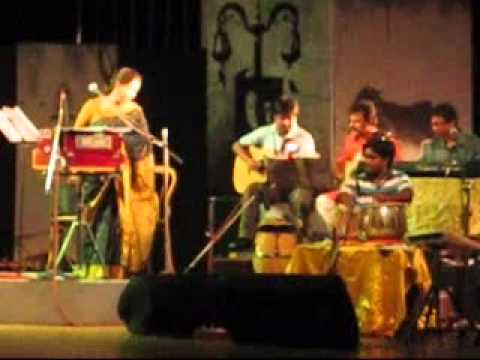 Amar Bhitoro Bahire-JAYATI CHAKRABORTY.wmv