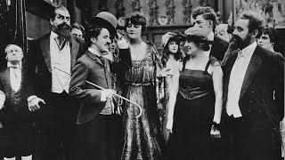 Charlie Chaplin: Il conte (1916)