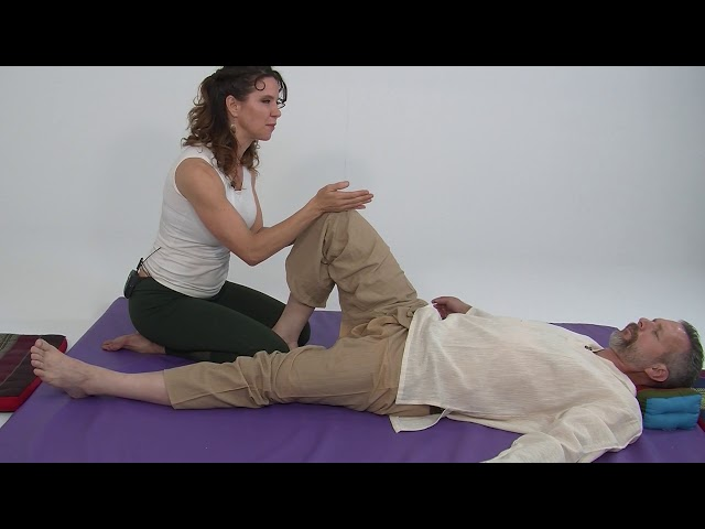 Thai Massage as Assisted Meditation