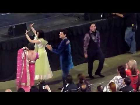 Rahat Fateh Ali Khan - Tere Mast Mast Do Nain (Liv