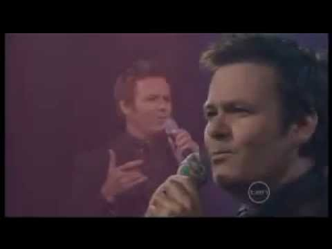 Paul McDermott: I Kissed A Girl