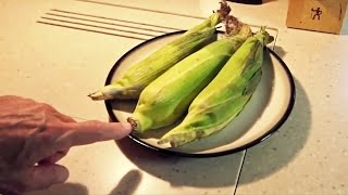 Microwave Corn on the Cob — No Shucking & Silk-Free! Thumbnail