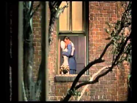 La finestra sul cortile di hitchcock brevissimo estratto scena 2 youtube - La finestra sul cortile ...