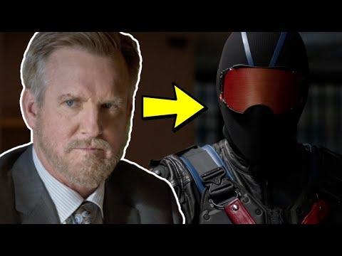 Why The Vigilante Is Earth 2 Robert Queen - Arrow Season 6