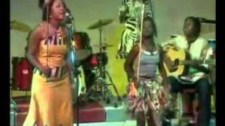 vuclip Traditional Ngoni Dance, Ngoma-Angela Nyirenda (Bamgwaza Chilopa Loyiwe)